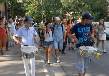 Domenica 3 luglio 2011: l'accoglienza a Scampìa