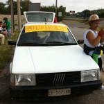La Fiat Regata che fa d'appoggio a Stella d'Italia con Silvana la fotografa